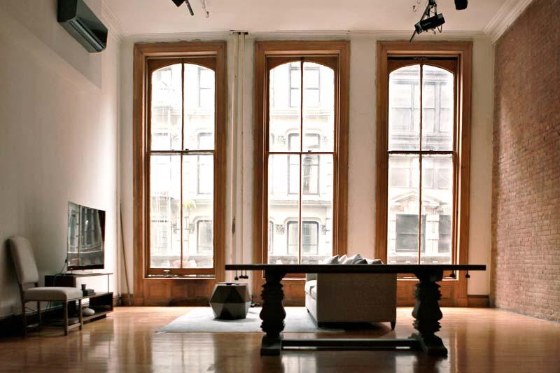 Web_studio_kitchen_furnished