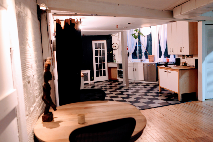 Kitchen and green room